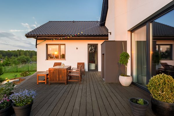 Quelle résine utiliser pour les meubles de jardin?